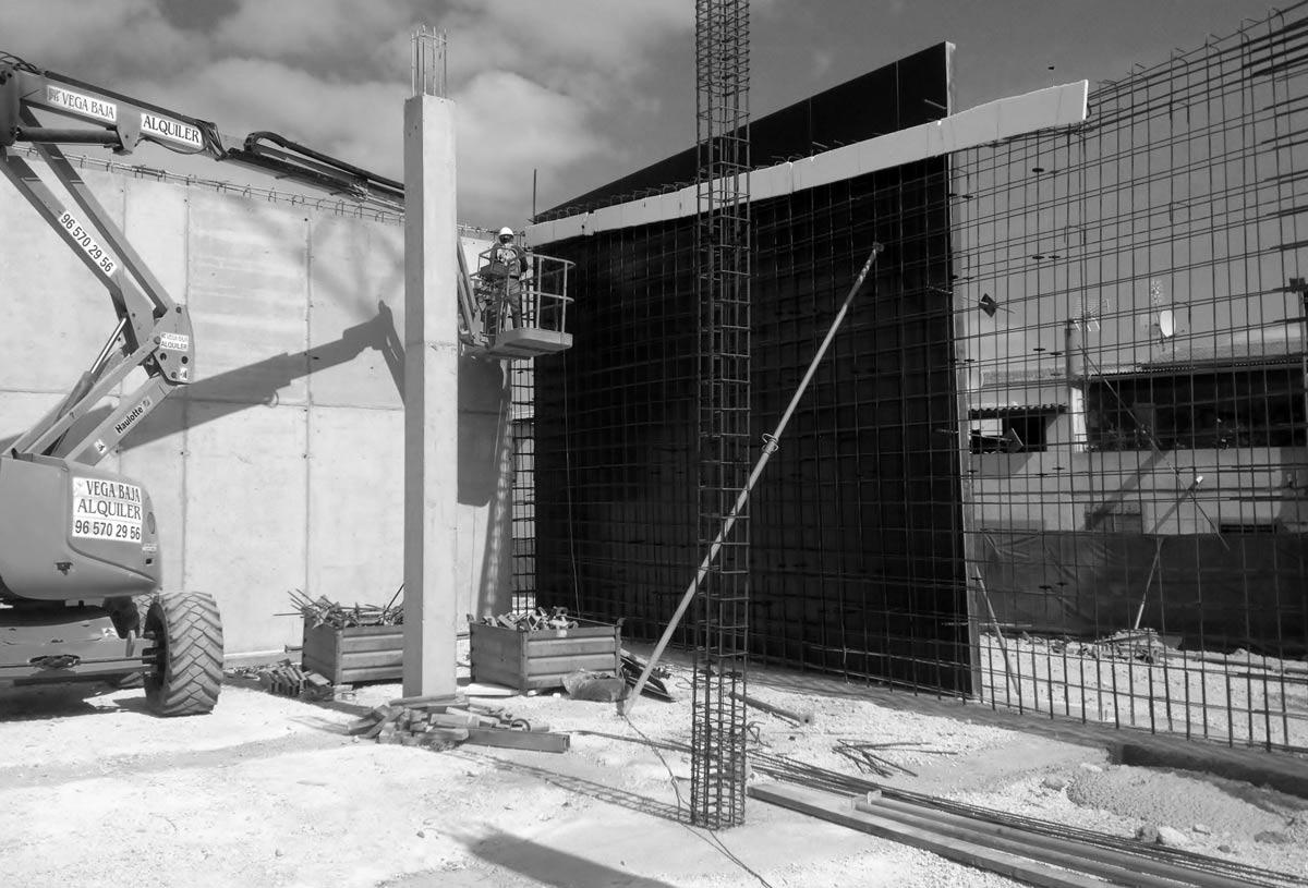 Construccion de muros en pinoso, Alicante por Araque Maqueda