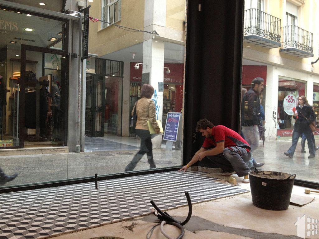 Reforma de local comercial por Aaraque Maqueda construcción Pinoso Alicante albañil