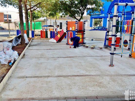 construccion-parque-infantil-06