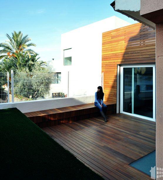 Tarima de madera para acabados exteriores