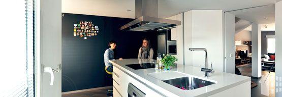 Bungalow en San Juan (Alicante) Ideas para reformar la cocina por Araque Maqueda