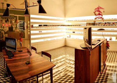 Reforma de local para óptica en Murcia