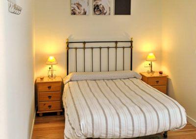 Dormitorio matrimonio. Reforma casa de campo en pinoso Alicante por Araque Maqueda construccion
