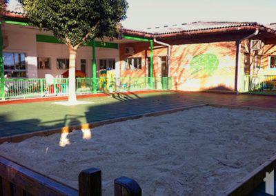 Rehabilitación exterior de escuela infantil en Pinoso