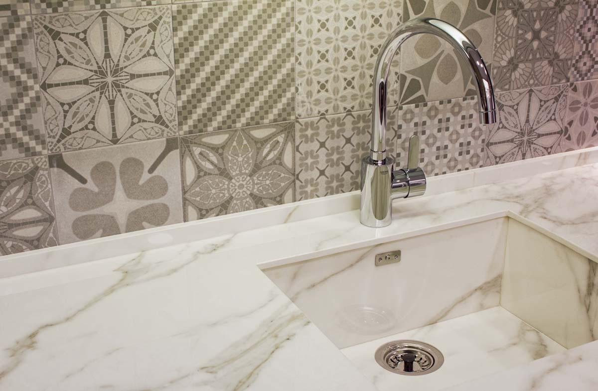 Fregadero marmol. Reforma vivienda en Elda (Allicante) por Araque Maqueda