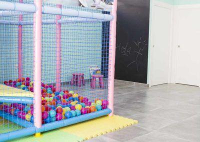 construccion local infantil en Pinoso (Alicante) por Araque Maqueda