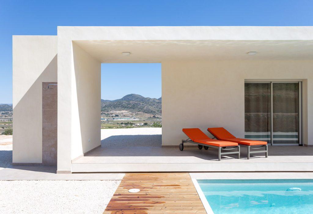 Detalle de piscina Chalet minimalista en Hondon de las Nieves (Alicante) por Araque Maqueda