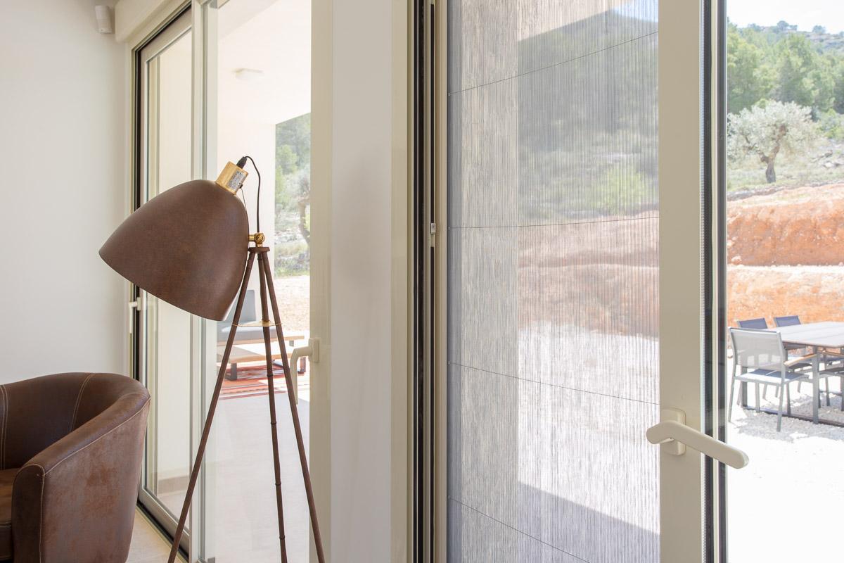 Chalet minimalista en Hondon de las Nieves (Alicante) por Araque Maqueda