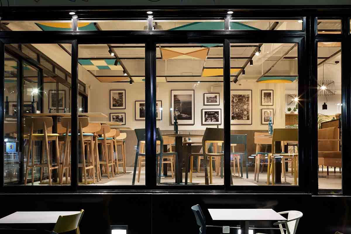 Fachada restaurante Araque Maqueda